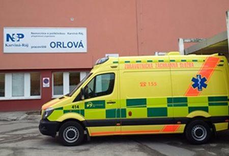 sanitka_zachranka_orlova_nemocnice_300px