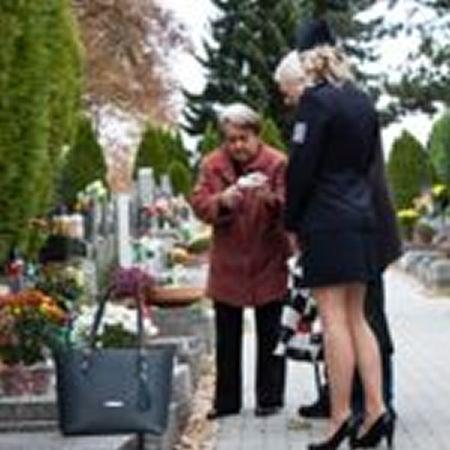 Policisté připomínají obezřetnost při Památce zesnulých.
