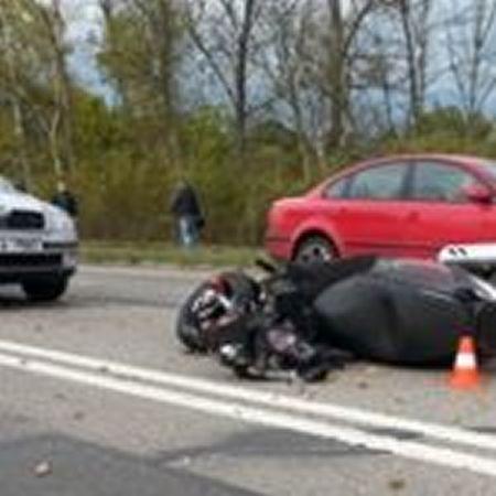 Motorkář z neznámých důvodů nezvládl mezi Karvinou a Ostravou řízení